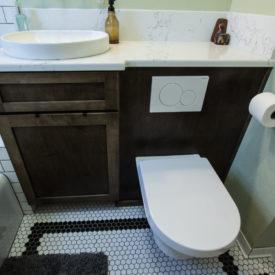 brownsberger-upstairsbath-2